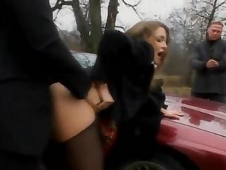 Сексуальная русская блондинка в парке подсмотр видео реальная — img 3