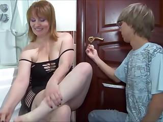 Порно ебут толстушку в пизду — 3